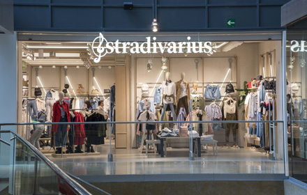 como serch más popular Para estrenar Stradivarius - Women's Wear | L'illa Diagonal